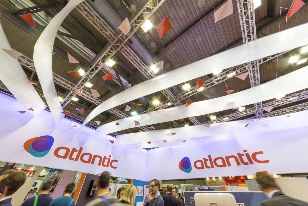 Stand personalizzato in legno realizzato per il gruppo Atlantic